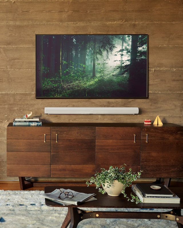 Image of of TV with Sonos sound bar